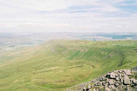 Southerscales Fell June 03.jpg (26812 bytes)